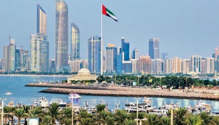 أبوظبي تبدأ اليوم بتطبيق اشتراطات السفر لمتلقي لقاح كورونا