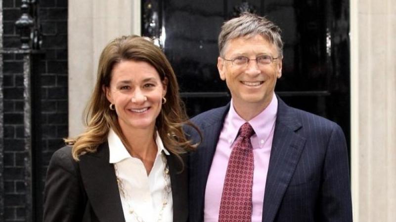 بيل غيتس وزوجته يعلنان انفصالهما بعد زواج استمر 27 عاما