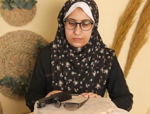 فتاة من غزة تخترع جهاز قد ينهي معاناة 400 مليون انسان