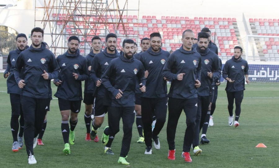 المنتخب الوطني يلتقي نظيره الكويتي في مباراة مرتقبة غدا