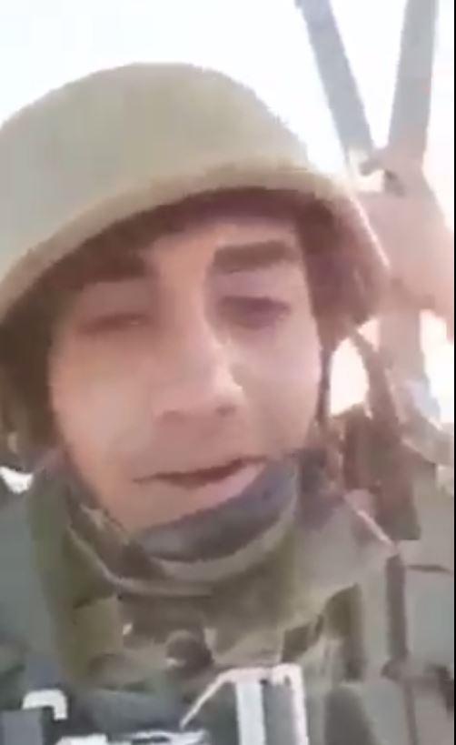 عبادة  جندي أردني يشعل مواقع التواصل الإجتماعي وهذه قصته - فيديو