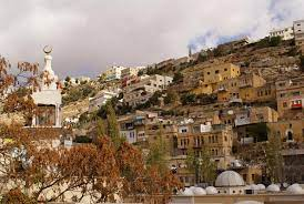 وزير السياحة  السلط  أول مدينة في الأردن تدخل قائمة التراث العالمي