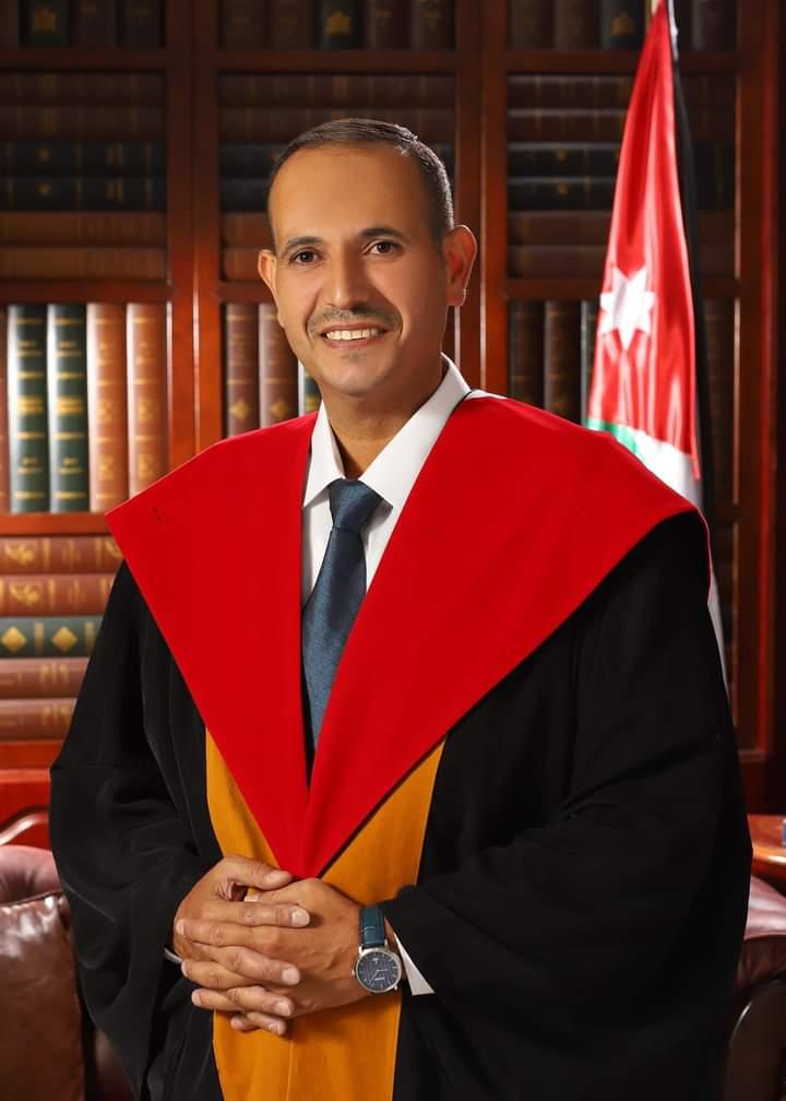 البروفسور محمد الزبون يوجه كلمة لكلية التربية