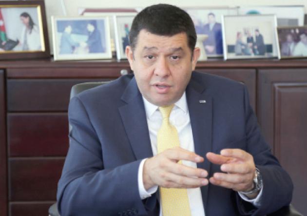 منذ اليوم الأول الإفلاس والبطالة على طاولة وزير العمل الجديد - فيديو
